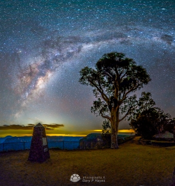 Govetts Milky Way Arc