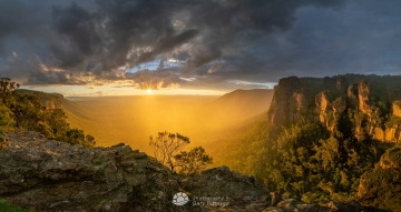 Rainy-Misty-Megalong-SS-from-NNeck-1280px