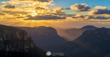 Grose Valley Dawn XXXVI
