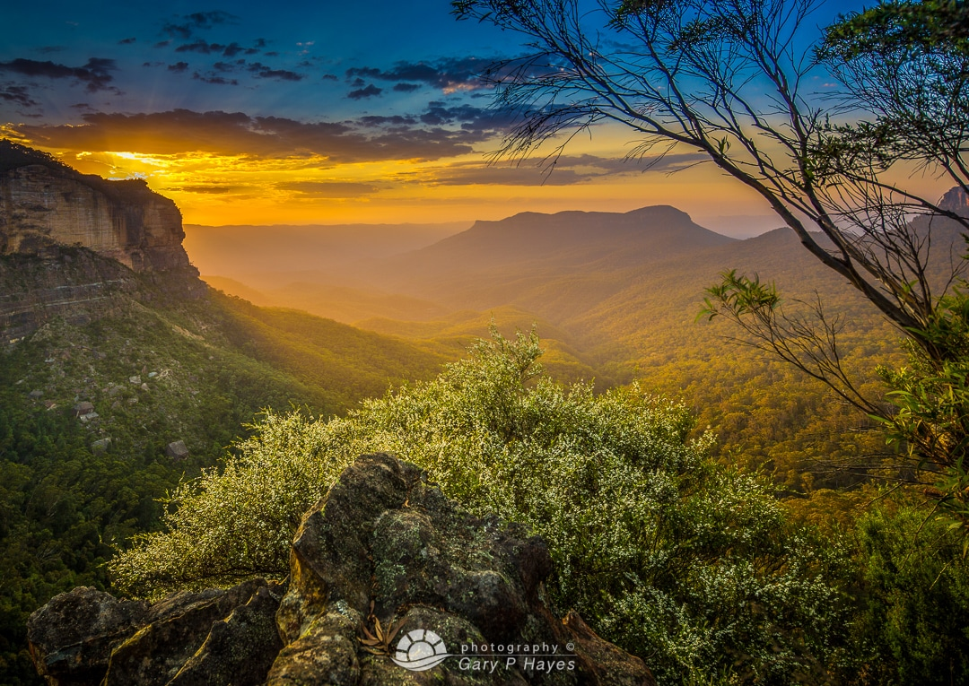 Positioning Sunrises – Landslide from Narrowneck